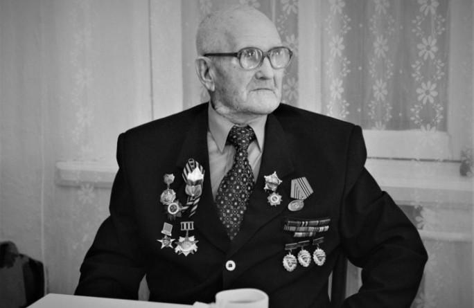 Глава Карачаево-Черкесии Рашид Темрезов выразил соболезнование в связи с кончиной ветерана Великой Отечественной войны Николая Александровича Антипова