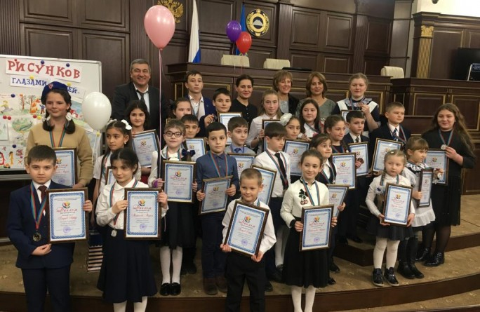 Награждение победителей республиканского конкурса детского рисунка