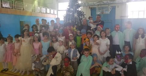 """Новогодний праздник для воспитанников центра """"Надежда"""""""