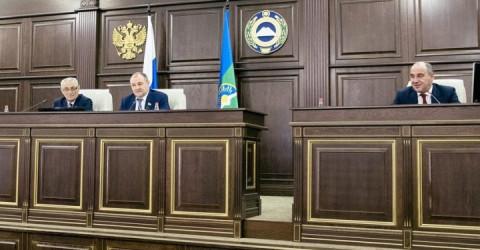 Парламент Карачаево-Черкесии одобрил проект Федерального закона о социальной доплате к пенсии