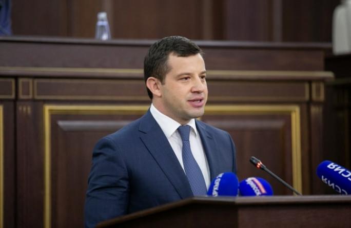 Парламент КЧР утвердил кандидатуру Мурата Аргунова на должность председателя Правительства Карачаево-Черкесии, представленную Рашидом Темрезовым