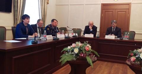 Заседании Комиссии по делам несовершеннолетних и защите прав при Правительстве республики