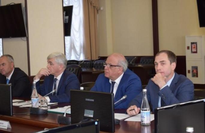 Члены Правительства КЧР приняли участие в совещании по вопросу оказания социальной поддержки детям-сиротам и лицам с ограниченными возможностями здоровья