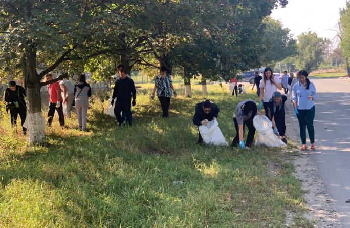 Коллектив министерства принял участие в субботнике