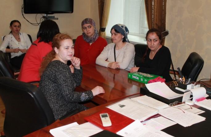 Министр труда и социального развития КЧР пригласил на прием инициативную группу многодетных матерей