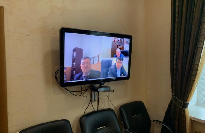 Министр провел совещание в режиме видеоконференции с начальниками Управлений