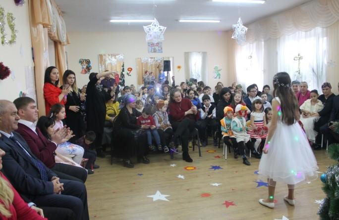 """Новогодний праздник в реабилитационном центре """"Росинка"""""""