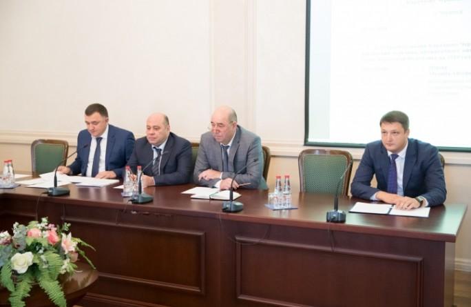 Премьер-министр КЧР Аслан Озов провел заседание Правительства Карачаево-Черкесской Республики