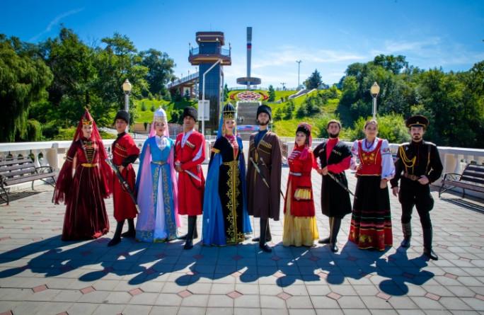 Поздравление Главы Карачаево- Черкесии Рашида Темрезова с Днем Республики и Днем г. Черкесска