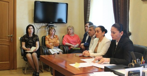 Прошло расширенное совещание с руководителями и контрактными управляющими учреждений социального обслуживания