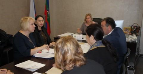 В Комитете Народного Собрания КЧР  по социальной политике, охране здоровья населения и экологии прошло заседание