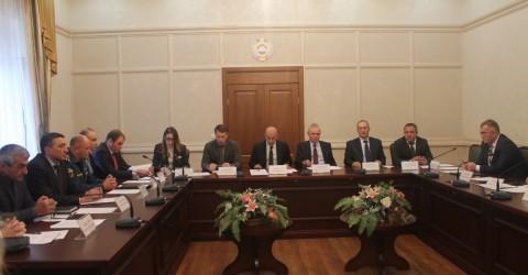 В Малом зале Дома Правительства прошло заседание рабочей группы по совершенствованию контрольных (надзорных) функций